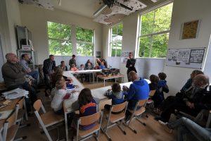 Foto van een workshop in het Airborne Museum